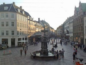 La calle peatonal ms larga de Europa se encuentra en Copenhague