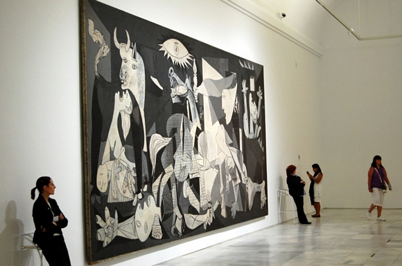 El Museo Reina Sofa celebra los 75 aos del Guernica de Picasso