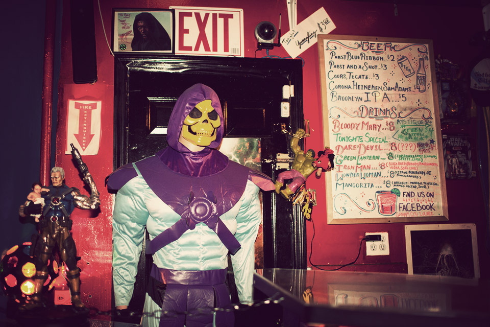 Gotham City Lounge: un bar único en Brooklyn 1